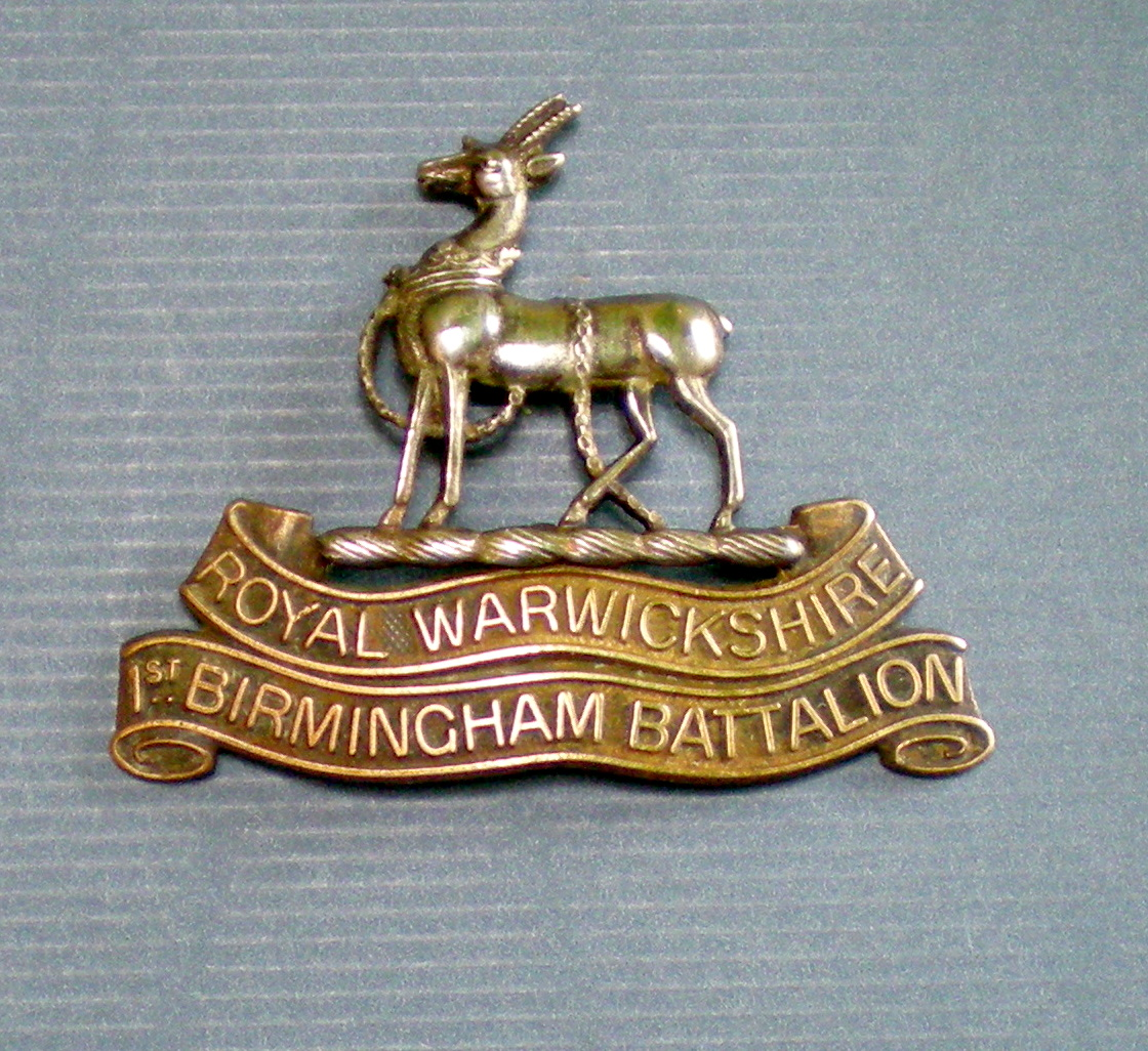 Royal Warwickshire Regiment cap badge ww1